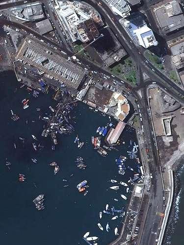 El Servicio Aerofotogramétrico de la Fuerza Aérea de Chile (SAF) capturó una serie de fotografías aéreas de la ciudad de Iquique y sus alrededores, tras el terremoto 8.2 Richter que azotó el martes al norte del país.