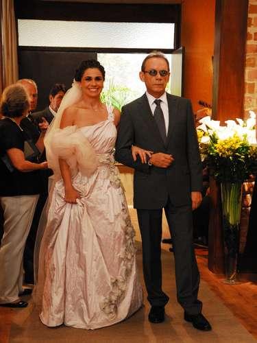 José Wilker fallecióeste sábado a la mañana, víctima de un infarto fulminante, en su casa de Río de Janeiro.En esta foto, el actor en la novela 'Três Irmãs'
