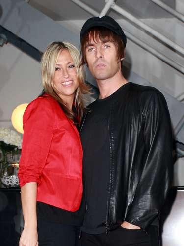 El ex cantante de la banda británica Oasis Liam Gallagher se ha divorciado de la cantante Nicole Appleton tras seis años de matrimonio, después de haber reconocido su \