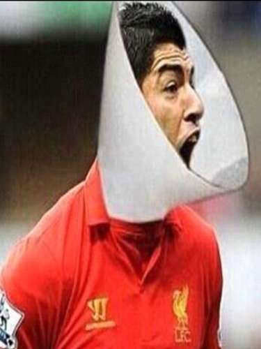 Bold legends of futbol: Memes about Suarez biting Chiellini