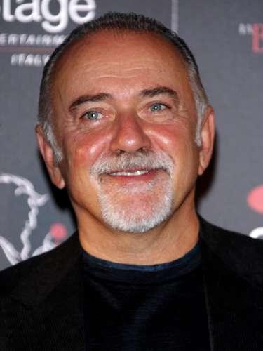 Giorgio Faletti. Cantante, poeta, compositor, escritor, actor y comediante italiano murió a los 63 años, el 4 de julio de 2014, a causa de una larga enfermedad que lo aquejaba en el Hospital Molinette de Turín.