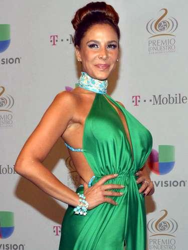 La actriz mexicana Lorena Rojas enfrentó una larga lucha contra el cáncer, que le fue diagnósticado por primera vez en 2008. Sufrió y superó el cáncer de seno que la aquejaba y se convirtió en uno de los rostros más conocidos de la farándula hispana que hacía frente a la enfermedad. Murió el 16 de febrero de 2015, a los 44 años de edad, a causa de un agresivo cáncer de hígado.