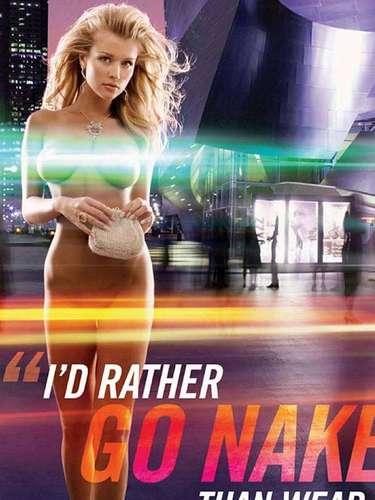 ¡Mejor desnuda que con pieles! La modelo Joanna Krupa, una de las mujeres más bellas del mundo, posa desnuda ante el \