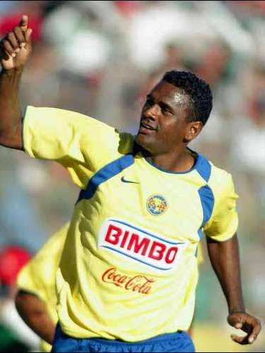 Mexico's Dorados fans made monkey sounds to Brazil's Kleber when he was playing for America.