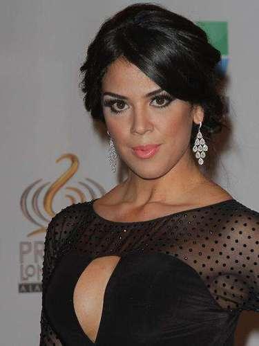 Carolina Ramirez dejó en el sitio a los caballeros.