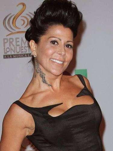 Alejandra Guzman seguía sin querer quedarse atrás y supo como presumir sus mejores atributos.