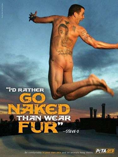Peta sigue desnudando a los famosos. Esta vez con la campaña Tinta, no mink, les quitó la ropa a los artistas tatuados que mostraron sus cuerpos por el bien de los visones.