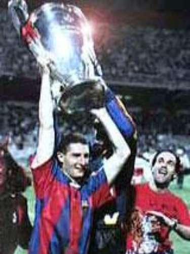 En 1994 el cuadro rossoneri goleó en la final al que ahora es su rival en los Cuartos de Final, 4-0 al Barcelona con dos tantos de Daniele Massaro