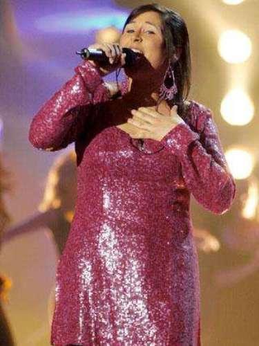 Rosa López en 2002 en una de las actuaciones de Operación Triunfo con un estilo muy distinto al 'look' actual