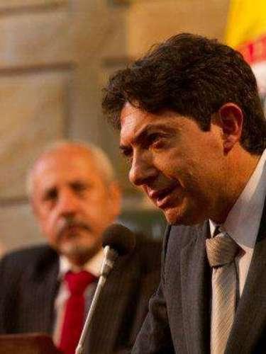 Ministro de justicia, fue el encargado de delatar y hablar sin pelos en la lengua sobre las conductas de Escobar.
