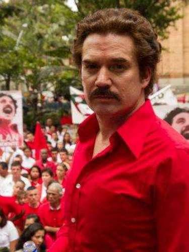 """""""¿Qué opinión le merece Pablo Escobar? En todo Medellín se dice que es un mafioso, ¿eso no va en contravía de los ideales del Nuevo Liberalismo? ... Yo de ninguna manera acepto mafiosos en mi movimiento"""". Luis Carlos Galán, candidato presidencial, en entrevista periodística. Asesinado por Pablo Escobar."""