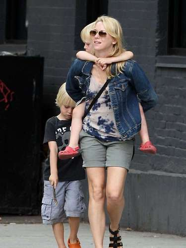 Naomi Watts con sus hijos Alexander, 5, y Samuel, 3, fruto de su relación con Liev Schreiber