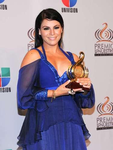 La cantante Olga Tañon sufrió maltrato y violencia al lado de su ex esposo Juan González y a raíz de esto Olga se convirtió en portavoz en contra de la violencia doméstica.