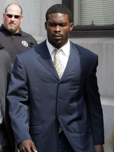 Before going to the Philadelphia Eagles, Michael Vick spent 23 months in jail after being found guilty in 2007 of taking part in dogfights