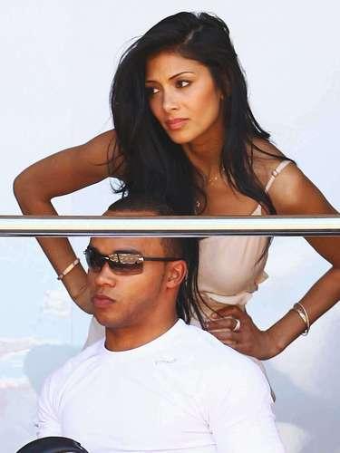 Lewis Hamilton tiene una relación desde hace tiempo con Nicole Scherzinger, famosa cantante de las Pussy Cat Dolls.