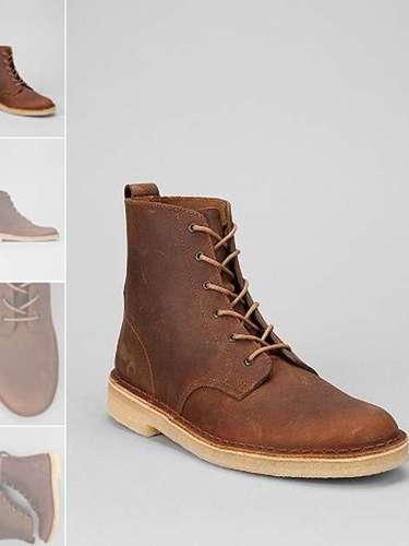 Estas clásicas Desert Boots son perfectas para usar en el invierno, sobre todo con unos blue jeans oscuros ($140)