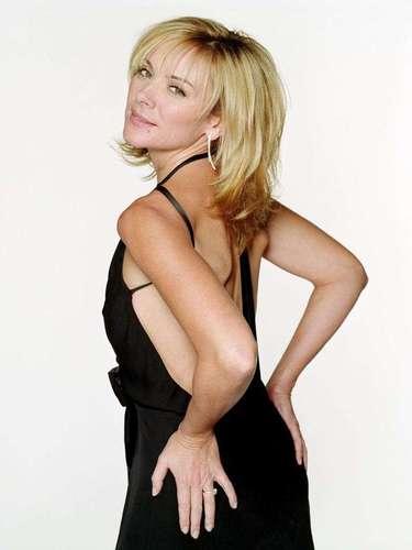 Kim Cattrall es la imagen del deseo, desde que hiciera el papel de 'Samantha' en la serie y películas 'Sex % the City'. La actriz puede presumir orgullosa sus 56 años.