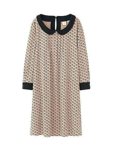 Sencillo y romántico: un vestido de 29.99 dólares que encuentras en Uniqlo.com.