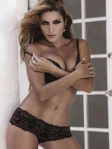 En 2003 TV Notas publicó fotografías de Adriana Fonseca con el intérprete de 'No Sé Tú'. Años más tarde la actriz admitió el romance.