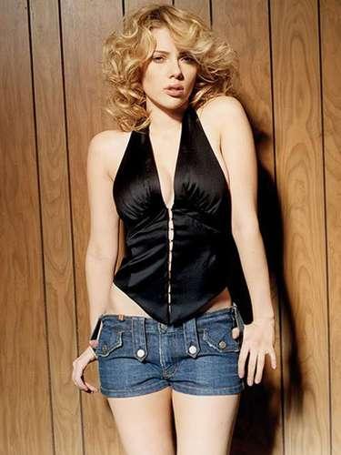 Scarlett Johansson aparece con frecuencia en los listados de las mujeres más sexys del cine que publican revistas como Maxim, Playboy, FHM y Esquire.