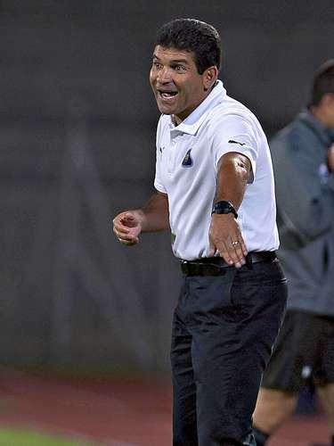 Juan Antonio Torres Servín fue ratificado como DT de Pumas.