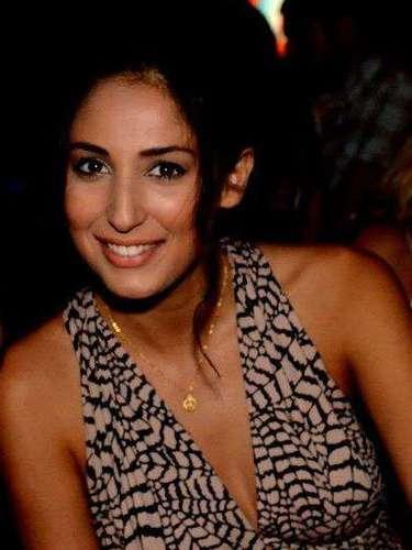 Chipre, Ioanna Yiannakou. Procedencia: Paphos. Edad: 20. Nació en la ciudad costera de Paphos. Le gusta leer, hacer ejercicio y pasar tiempo con su familia y amigos. Actualmente estudia en la Universidad Europea de Chipre. Un día espera trabajar en el campo de la estética o la actuación. \