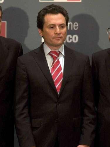 Pemex. Emilio Lozoya es un cercano colaborador de Peña Nieto. Tiene de 37 años, habla un inglés fluido, vivió en Manhattan y fundó varios fondos de inversión. No ha tenido un cargo público pero se desempeñó como analista de reservas internacionales y divisas en el Banco de México (central) y fue director para América Latina del Foro Económico Mundial.