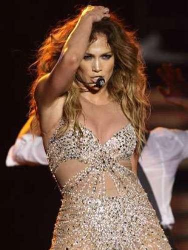 Jennifer Lopez es una de las mamás más sensuales. La cantante y actriz tuvo gemelos y recuperó su figura.JLo es considerada una de las mujeres más bellas sobre el planeta.