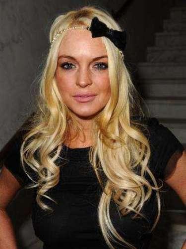 Luego de incumplir una audiencia, Lindsay tuvo que cargar con un brazalete para monitorearla. Pero con brazalete y todo estuvo de fiesta.