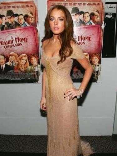 Además comenzó a ser vista como la chica plástica amiga de Paris Hilton.
