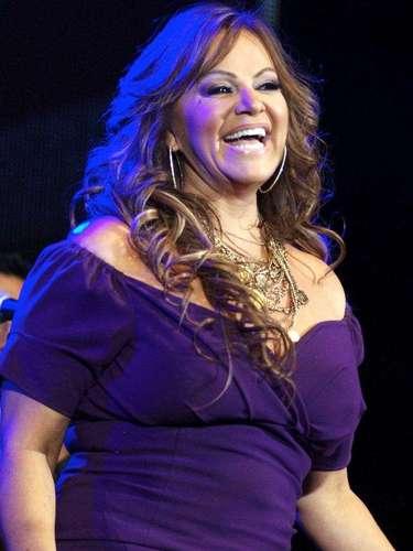 Jenni Rivera encendió a sus detractores de la intérprete, cuando en septiembre de 2009 ellos mostraron su indignación después de que Jenni subiera al escenario a una persona con síndrome de Dawn y le coqueteara, para después darle un beso en los labios y colocar la cara del chico en su busto.
