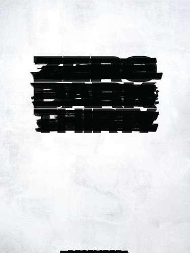 7.Zero Dark Thirty. Este poster causó interés debido a que no se entendía a simple vista de qué se trataba.Zero Dark Thirty es la nueva cinta deKathryn Bigelow donde recrean la captura de Osama bin Laden