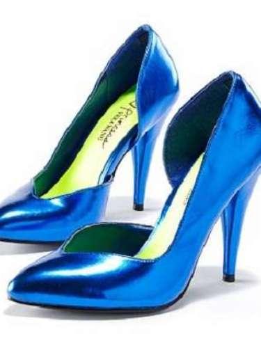 Siéntete como una verdadera princesa en estas fiestas con estos zapatos de la línea Princess Vera Wang para Kohls. Cuestan apenas 20.99!