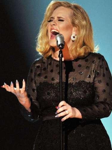 Adele - $35 millones de dólares.