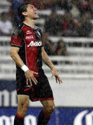 En la fecha 8, Héctor Mancilla falló por lo menos cuatro opciones claras de gol y Atlas se tuvo que conformar con un empate sin goles ante Gallos. El delantero chileno tuvo varias fallas importantes durante la temporada y la tribuna se metió le reclamó fuerte.