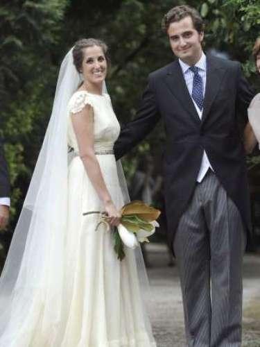 La hija mayor de Emilio Aragón, Icíar Aragón Fernández-Vega se casó el 21 de julio con Hugo Rodríguez Prada. La fiesta tuvo lugar en una finca en Asturias, propiedad de la familia materna donde se casaron sus padres.