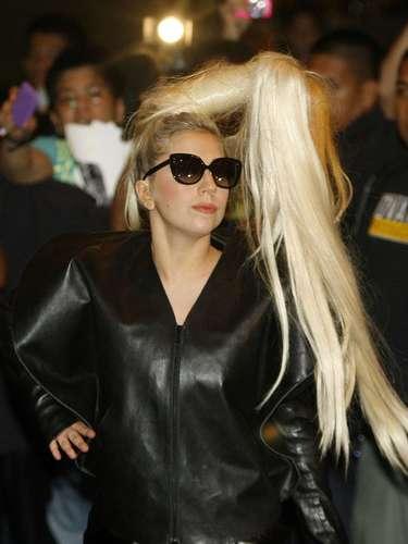 Lady Gaga - 124 millones de dólares.