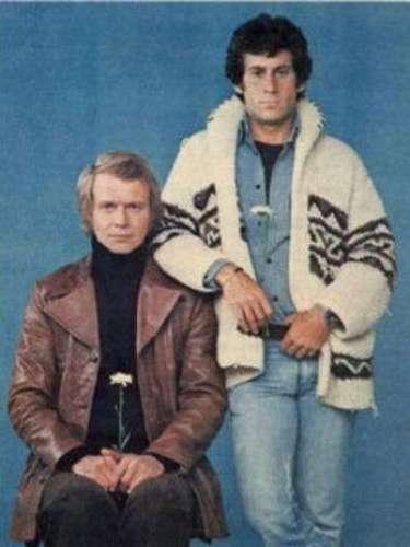 Starsky & Hutch. Cuenta las aventuras de un dúo policiaco conformado por David Starsky y Kenneth \