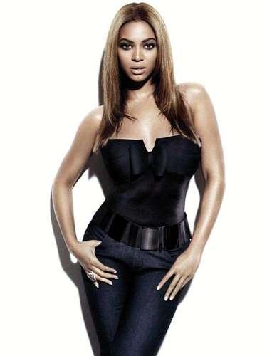 Aunque Beyoncé no enseña mucho es claro que siempre ha llamado la atención por sus curvas.