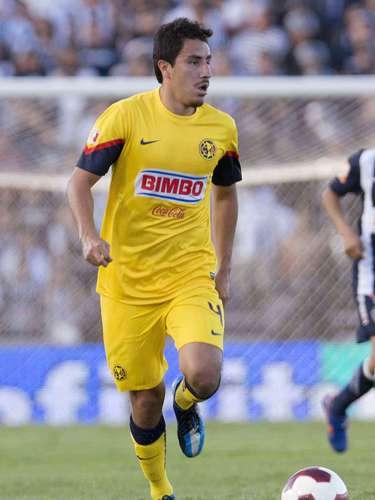 Efraín Juárez fue campeón mundial Sub 17 en Perú en 2005, campeón con Pumas en el 2009 y mundialista en Sudáfrica 2010, logros que lo llevaron al futbol de Europa, donde fracasó en su paso por el Celtic de Escocia y Zaragoza de España. Regresó a América en 2012 y su carrera sigue en picada.