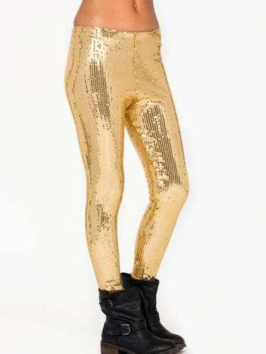 Para las más atrevidas, leggings dorados. 22 dólares en gojane.com