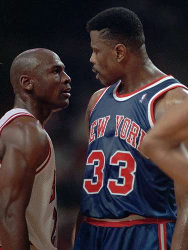 3. New York Knicks vs. Chicago Bulls, 1986: One year later, Ewing ruined Christmas for another legend, Michael Jordan. Despite scoring 30 points, Jordan watched as Ewing hit a short buzzer-beating jumper to give the Knicks an 86-85 win.