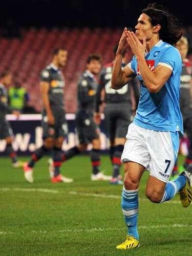 Edinson Cavani ha marcado 13 goles con el Nápoles.