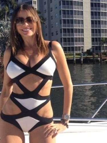 Espectacular: podemos decir que Sofía Vergara cuidó muy bien su figura durante la Navidad. La actriz colombiana compartió en Twitter esta foto durante su descanso en Miami, en la temporada de fiestas.