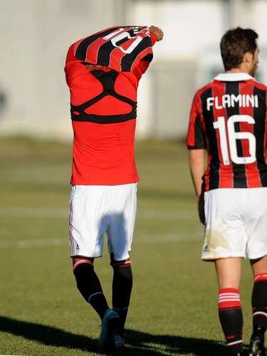 Milan confirmó vía twitter la cancelación del juego por actos racistas.