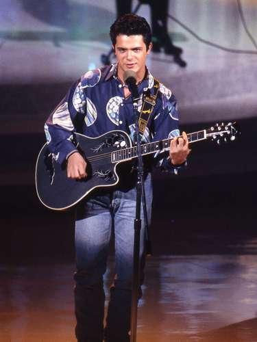 Alejandro Sanz en 1992 cuando cantaba \