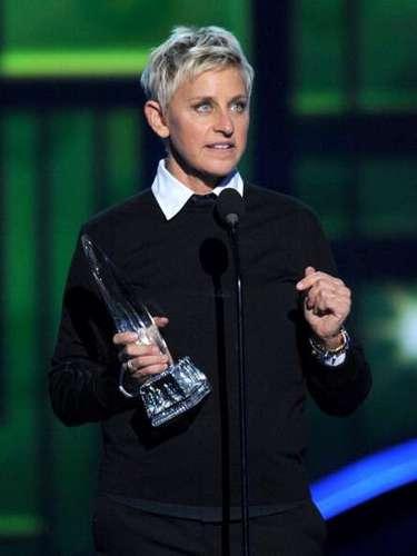 Ellen DeGeneres ha ganado la estatuilla de Conductora Favorita de TV ¡13 veces! por lo que esta vez decidió aceptarlo: \