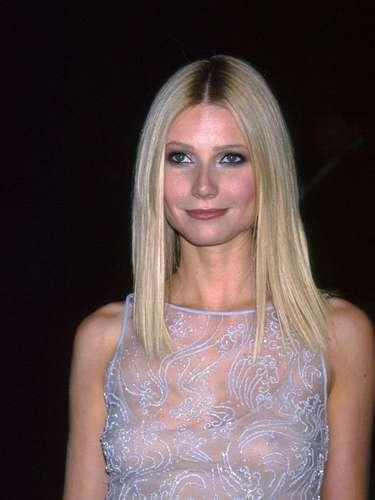 En la actualidad está considerada una de las famosas con más estilo, así como un ejemplo del maquillaje bien llevado.