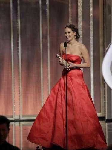 La ganadora resultó ser Jennifer Lawrence, quien también se aventó una de las frases más buenas de la noche. \
