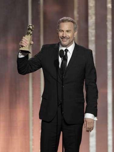 Con tantos años de carrera, este es el segundo Golden Globe en la vida de Kevin Costner. Ganó como Mejor Actor en una Miniserie o Película Hecha para TV por \
